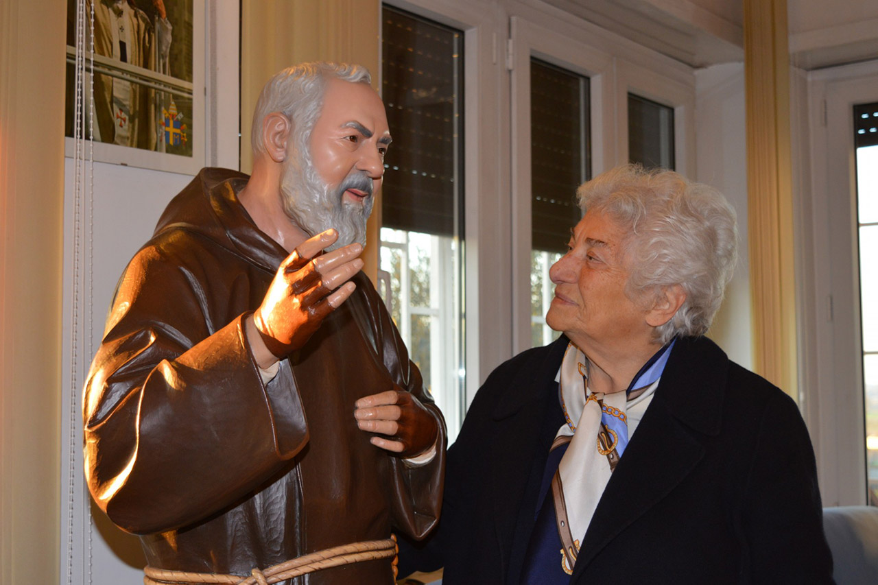 Padre Pio gives his message to Irene Gaeta